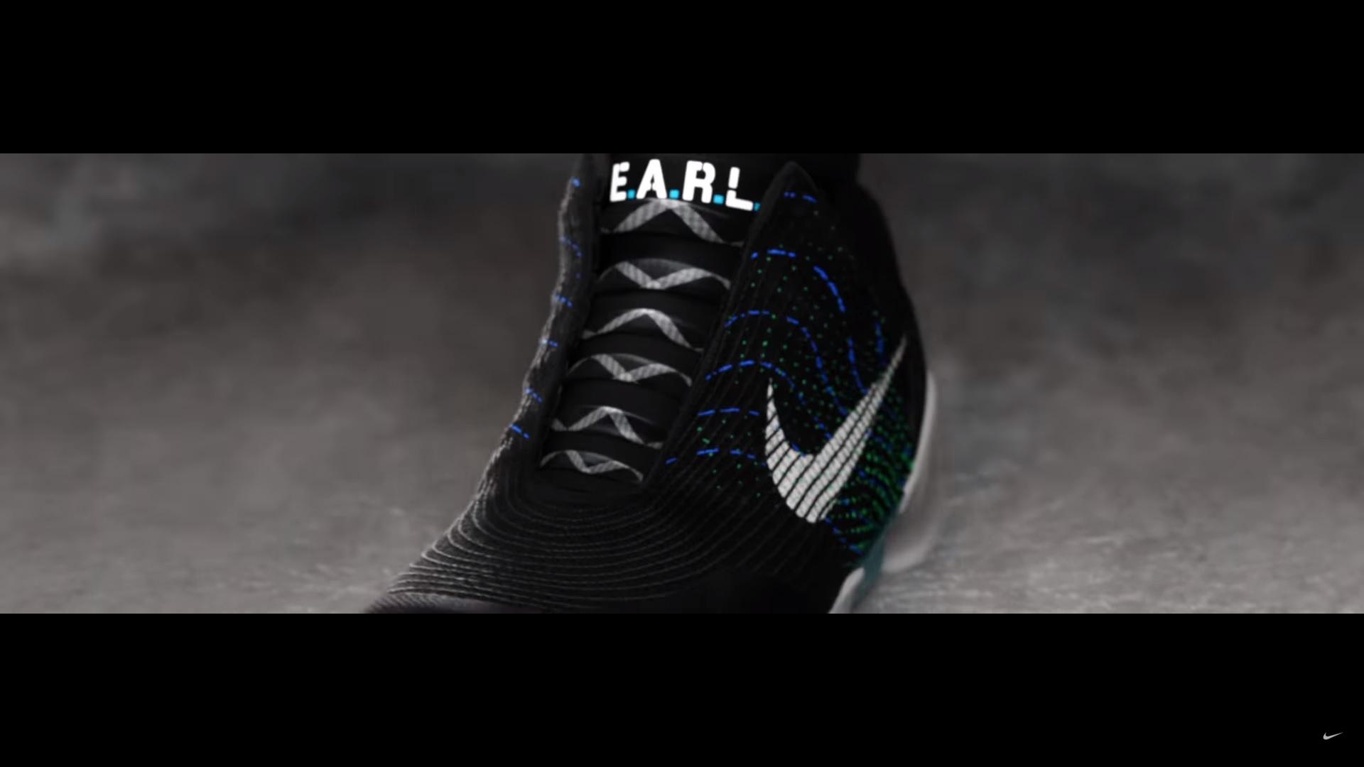 090c5fff556 Nike lanza zapatillas con cordones autoajustables