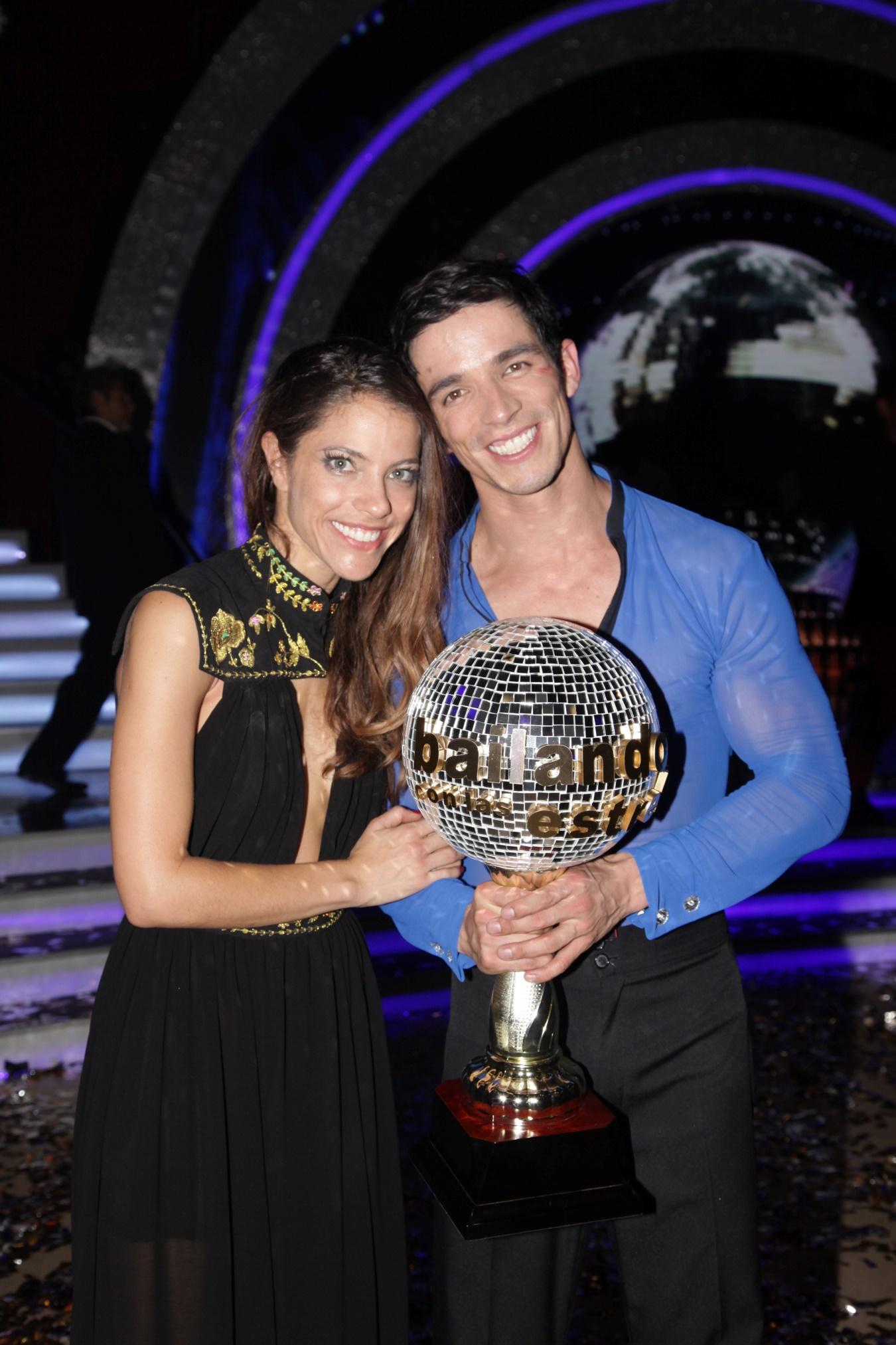 Debi Nova y Alex Zapata
