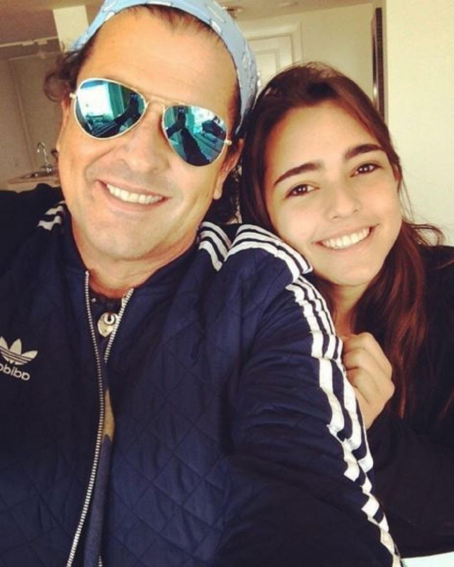 Carlos Vives  y su hija Lucy Vives.