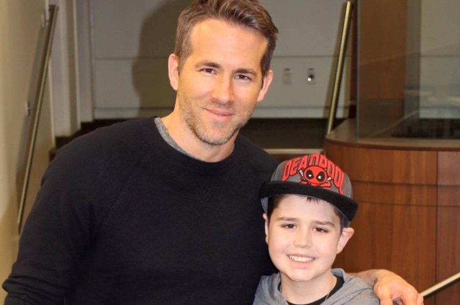 Ryan Reynolds y Connor McGrath.