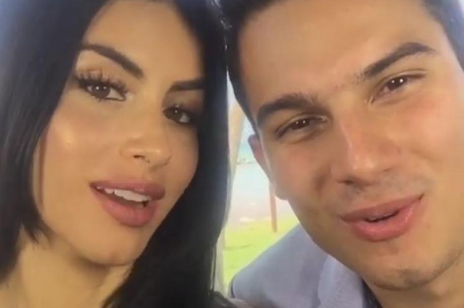 Jessica Cediel y Pipe Bueno, presentadora y jurado de 'Yo me llamo', respectivamente.