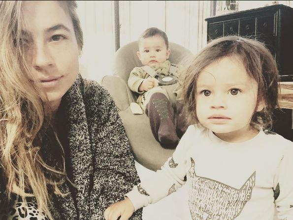 Carla Giraldo e hijos