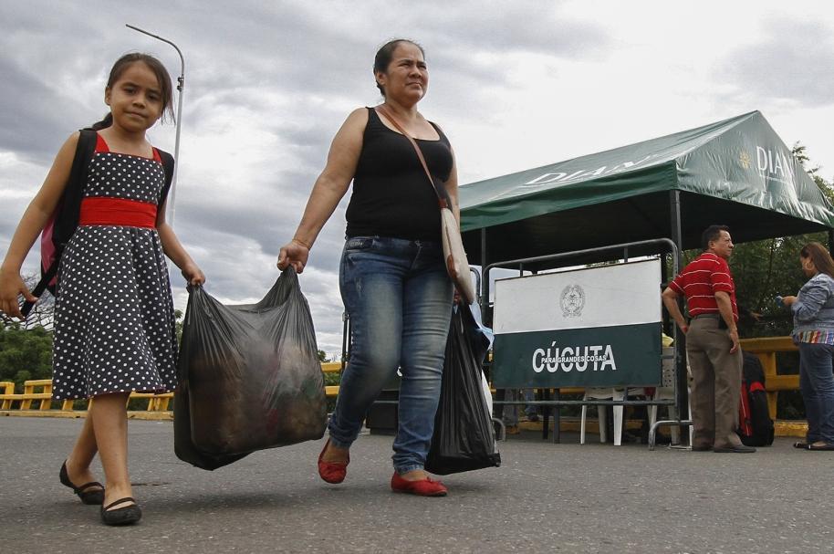Paso en frontera Colombia-Venezuela