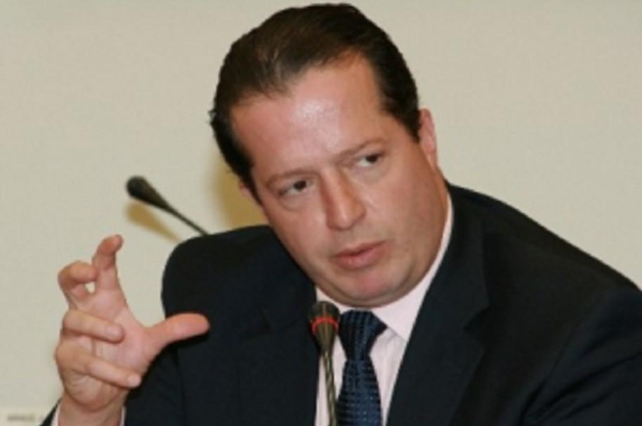 Exsenador Juan Mario Laserna