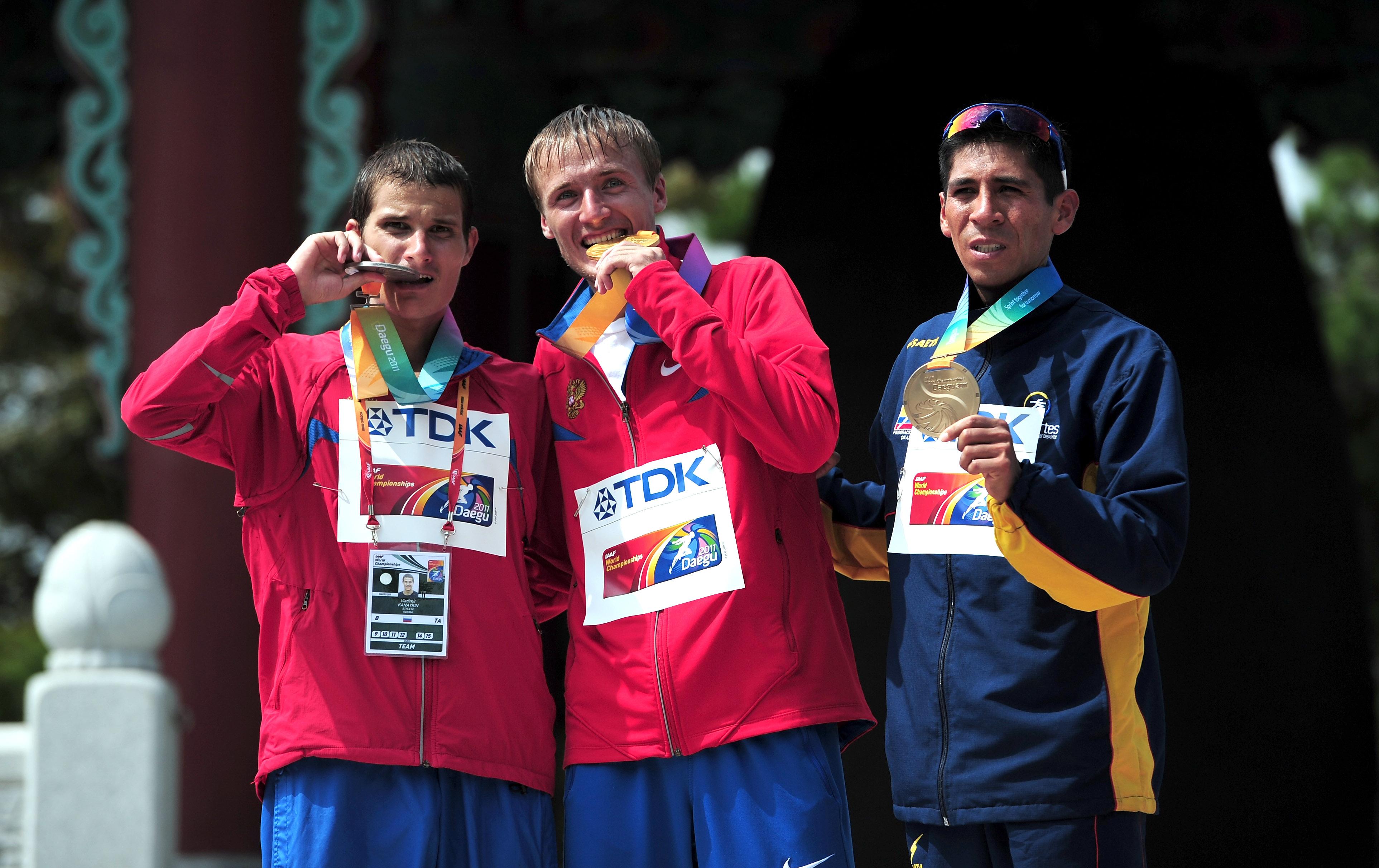 Luis Fernando López recibió la medalla de bronce en Corea del sur