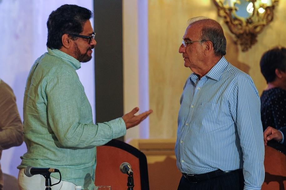 'Iván Márquez' y Humberto de la Calle