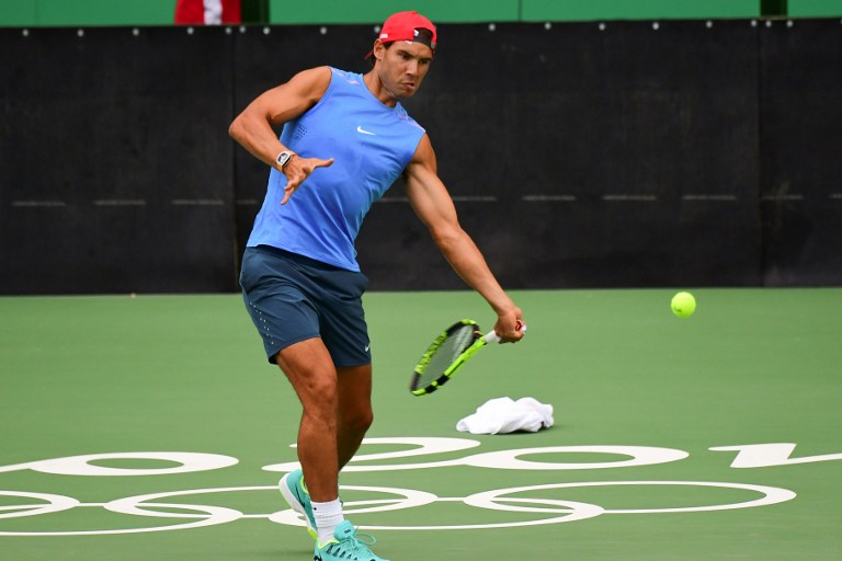 Rafael Nadal entrena para los Juegos Olímpicos Río 2016.