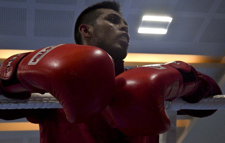 Un boxeador de México entrena para los Juegos Olímpicos Río 2016.