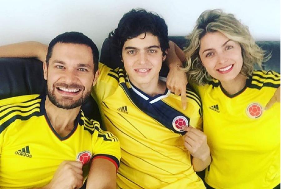 El actor Josse Narváez y su esposa Cristina Hurtado, junto al hijo de ella, Daniel Hurtado.