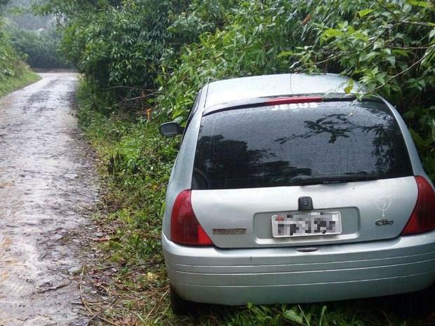 Carro en el que fue encontrado el colombiano.