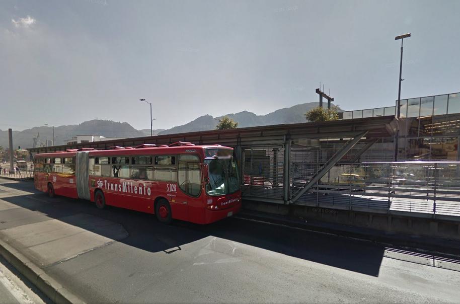 Estación de Transmilenio, Hortúa.