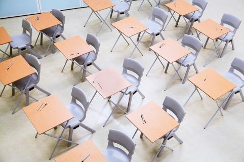 Evacuación colegios en Canadá