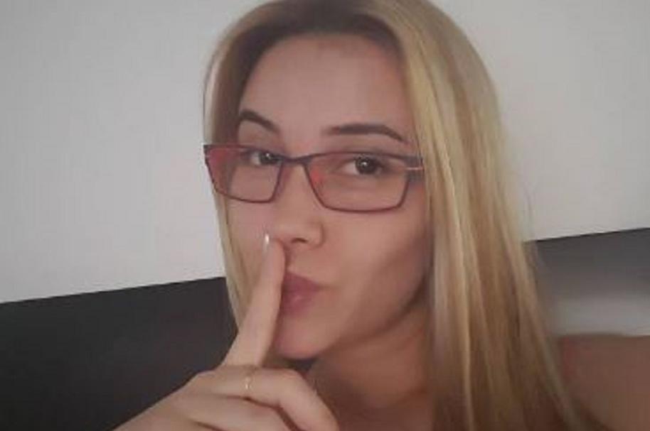 Manuela Gómez.
