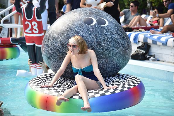 Fiesta en piscina - pulzo.com