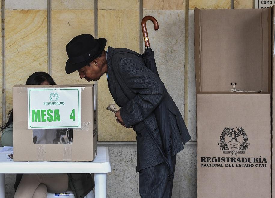 Reabrir votaciones al plebiscito
