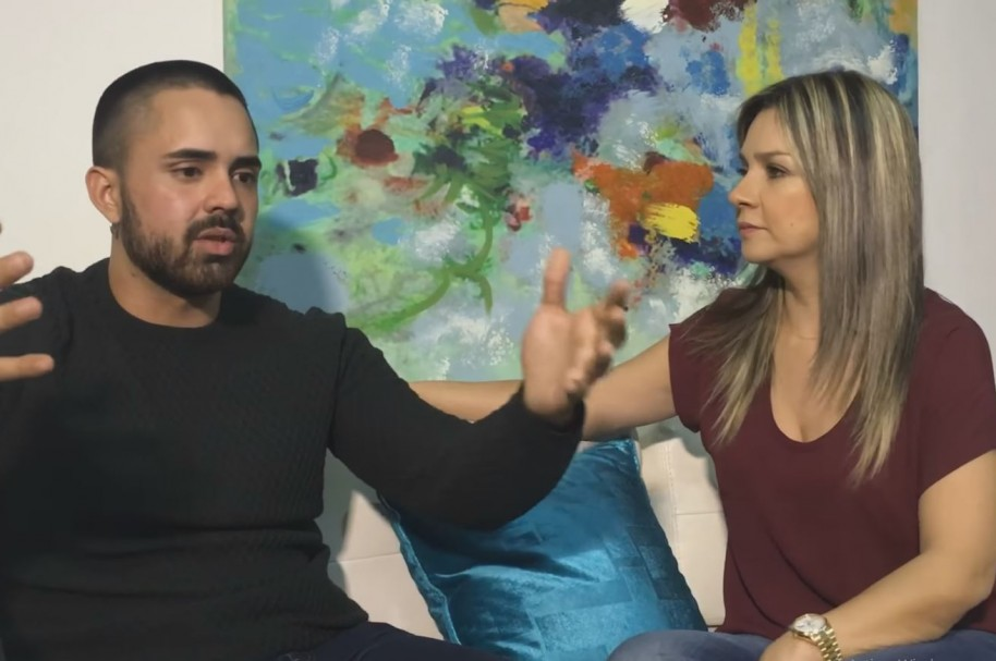 Entrevista de Vicky Dávila a Pedro Santos