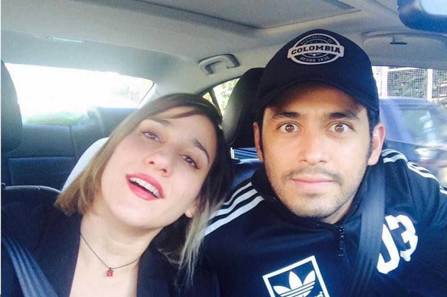 El actor Santiago Alarcón y su esposa, la actriz Cecilia Navia.