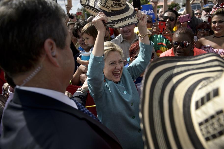 Hillary en la Florida con hispanos