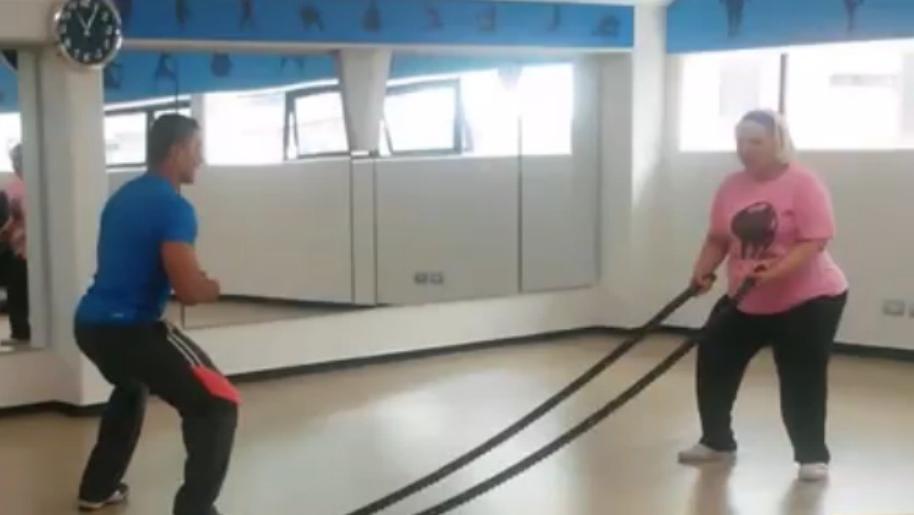 Gorda Fabiola haciendo ejercicio. Pulzo.com
