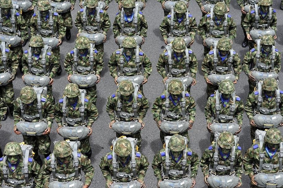 Robo de prendas militares