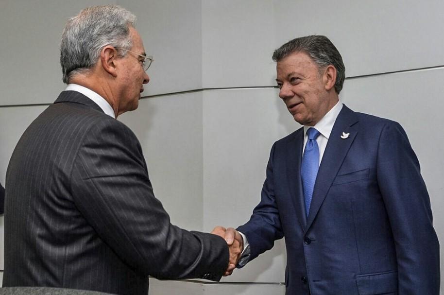 Uribe y Santos, irreconocibles.