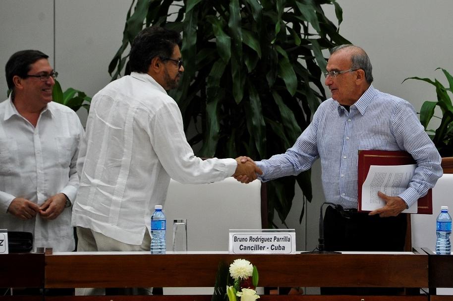 Jefes negociadores de Farc y Gobierno