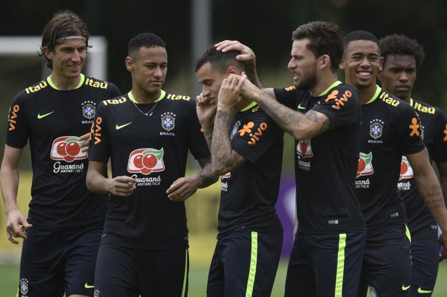 Filipe Luis, Neymar, Philippe Coutinho, Lucas Lima, Gabriel Jesus y Willian Selección de Brasil