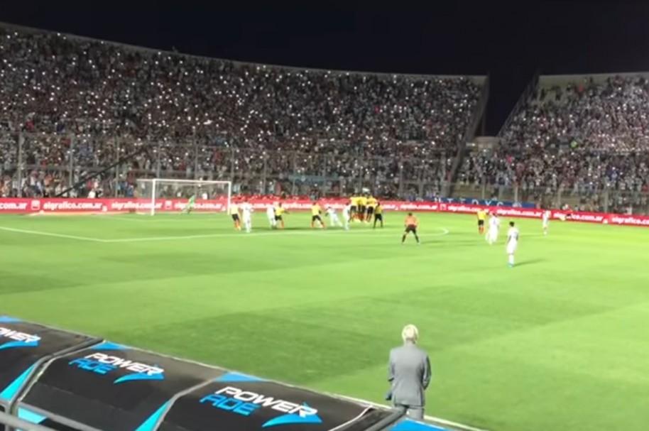 tiro libre Messi