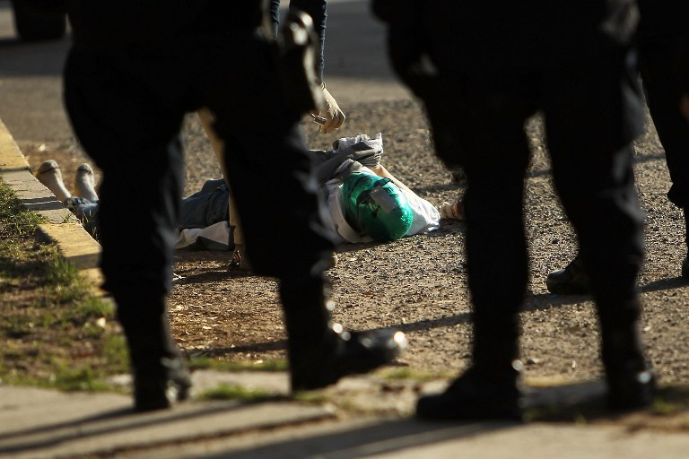 Encuentran nueve cadáveres con signos de tortura, en México.