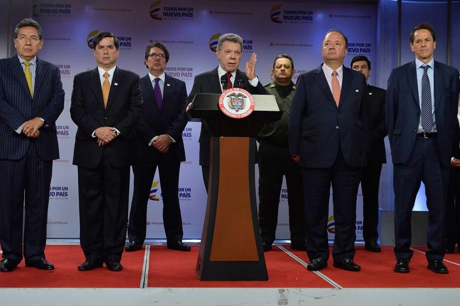 Juan Manuel Santos y sus ministros hablan desde la Casa de Nariño