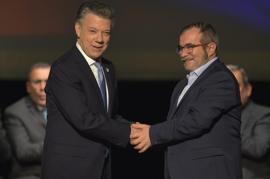 Juan Manuel Santos y Rodrigo Londoño