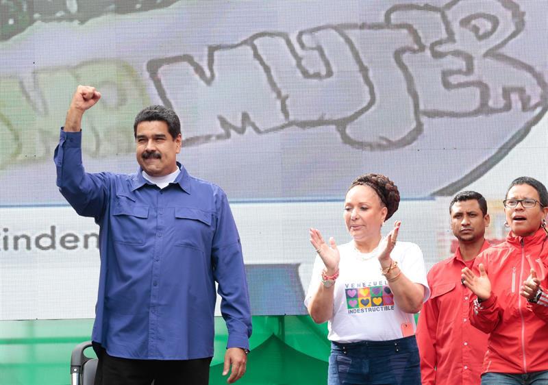 Piedd Córdoba y Nicolás Maduro