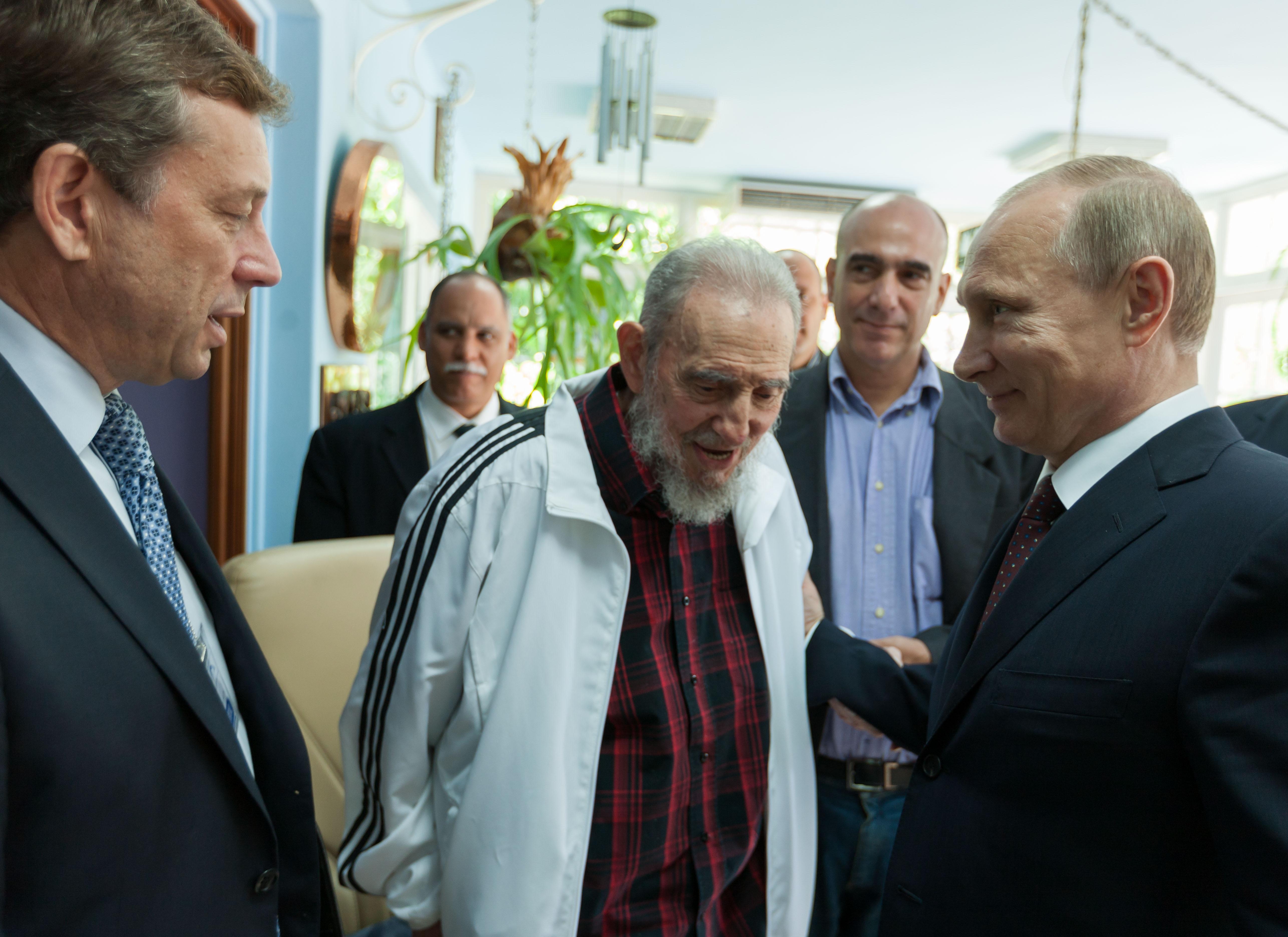Fidel Castro recibe a Vladimir Putin en Cuba