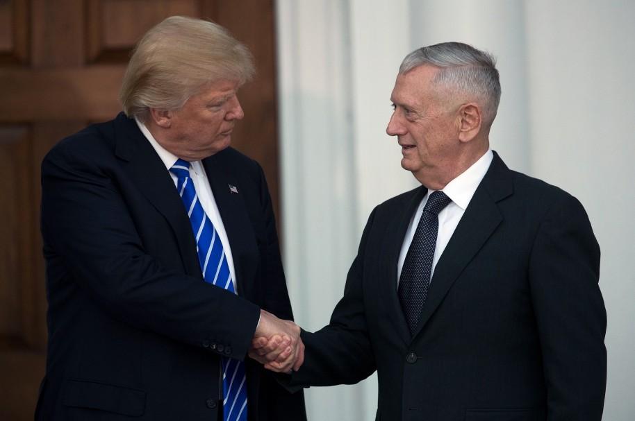 Donald Trump y James 'Mad Dog' Mattis