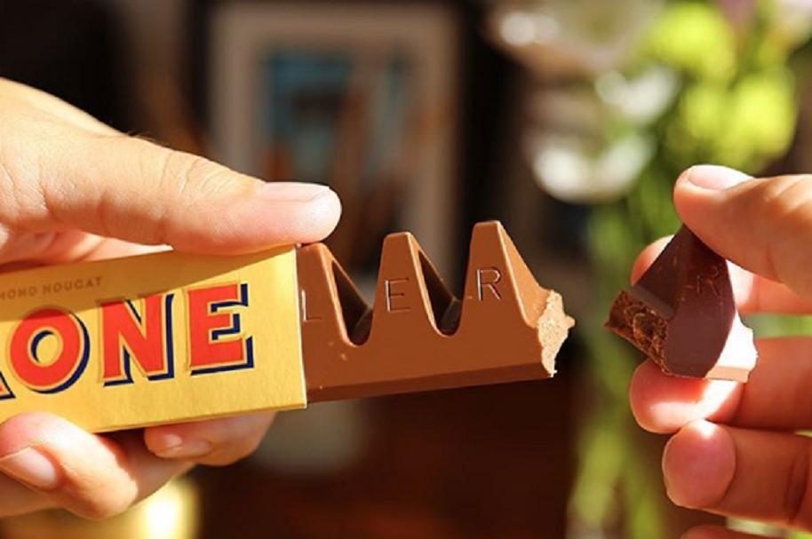 Forma correcta de comer Toblerone