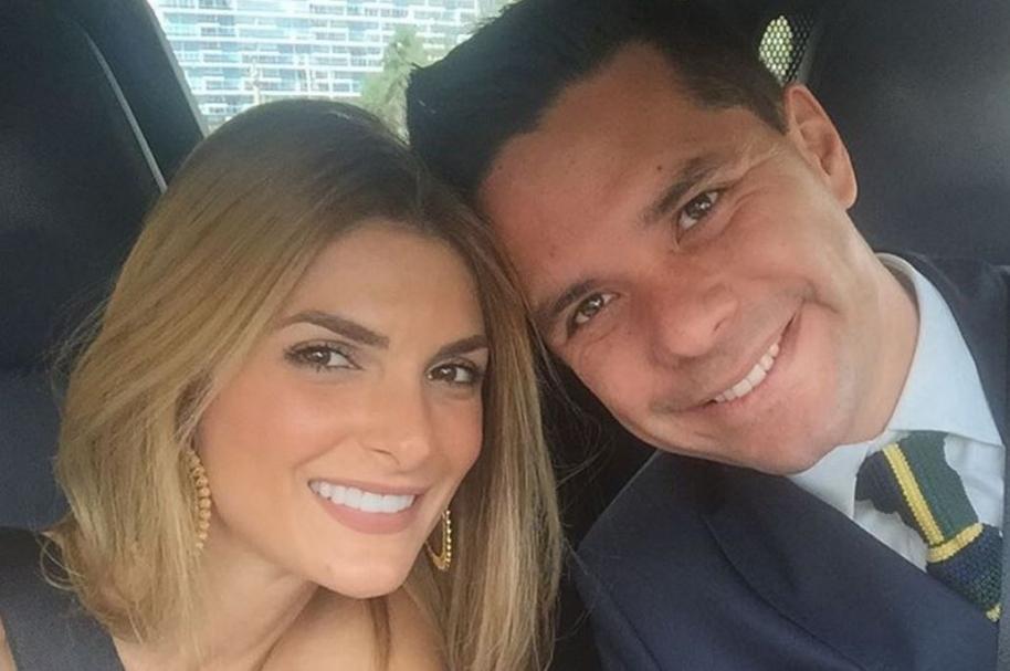 Siad Char, expresentadora de Noticias Caracol, y Luis Carlos Vélez, periodista de Telemundo y Caracol Radio.
