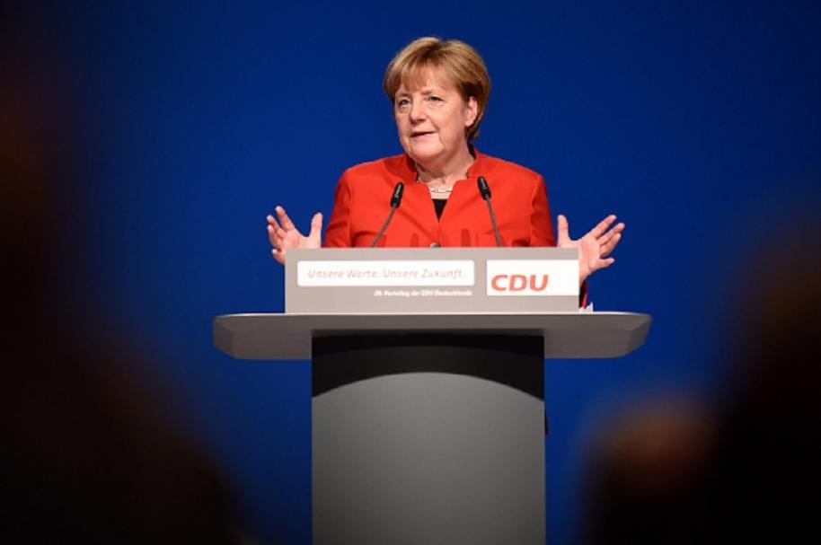 Merkel apoya la prohibición del burka