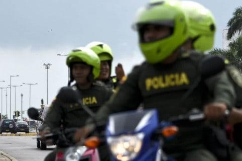 Policías moto