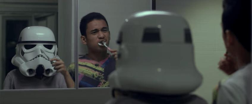 Comercial de niña fanática de 'Star Wars' enferma. Pulzo.com