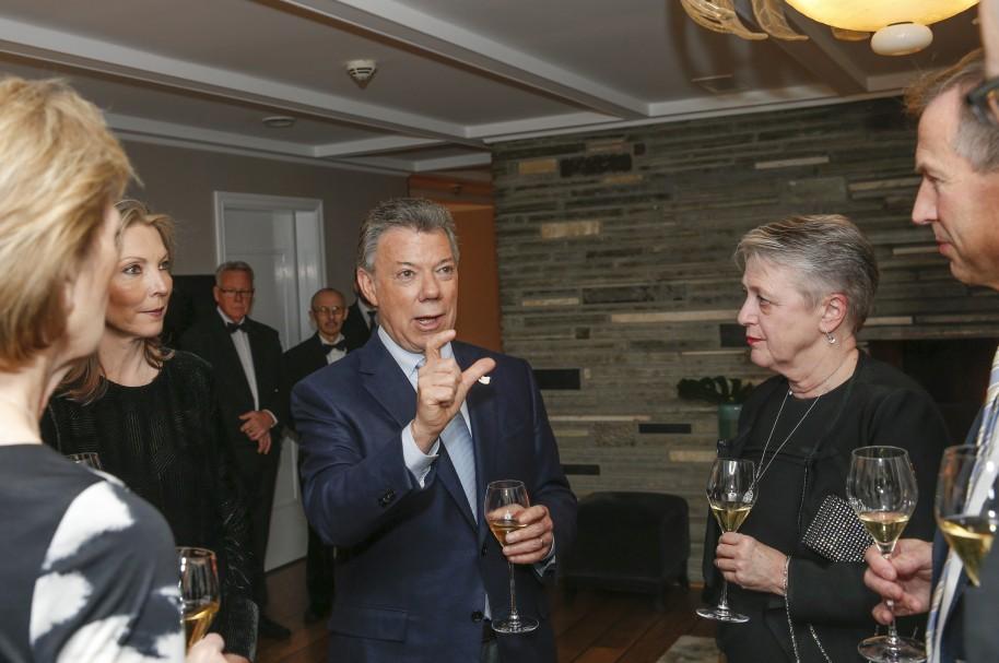 Juan Manuel Santos y sus invitados, en Oslo
