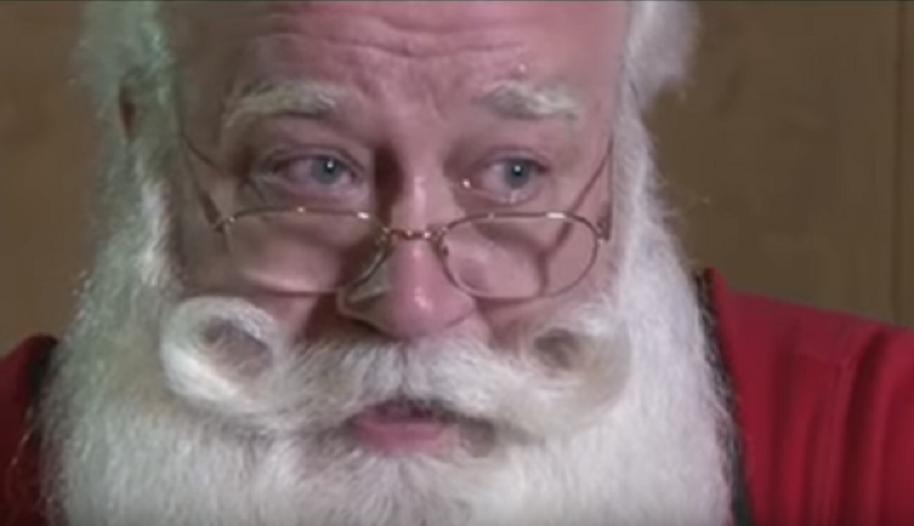 Niño murió en brazos de Papá Noel