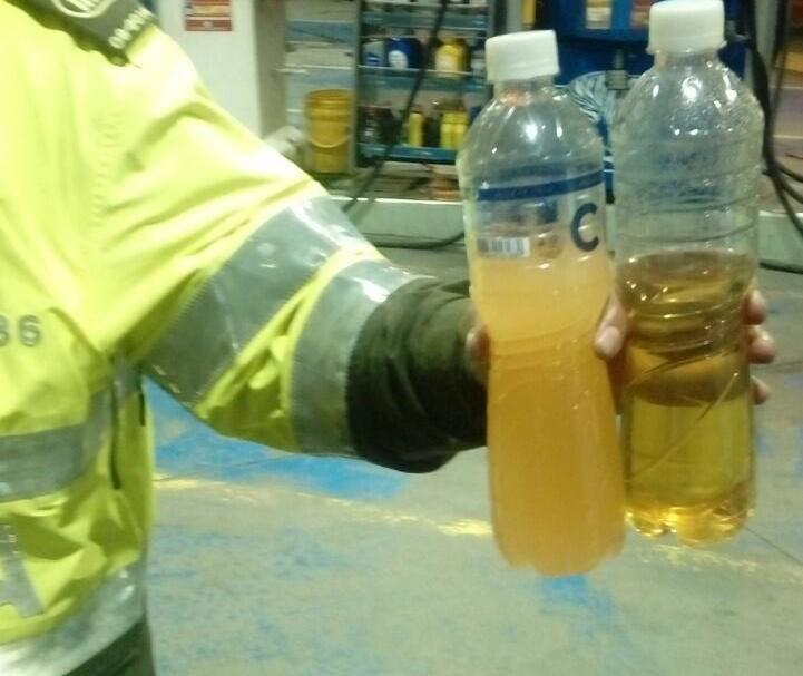 Agua y gasolina