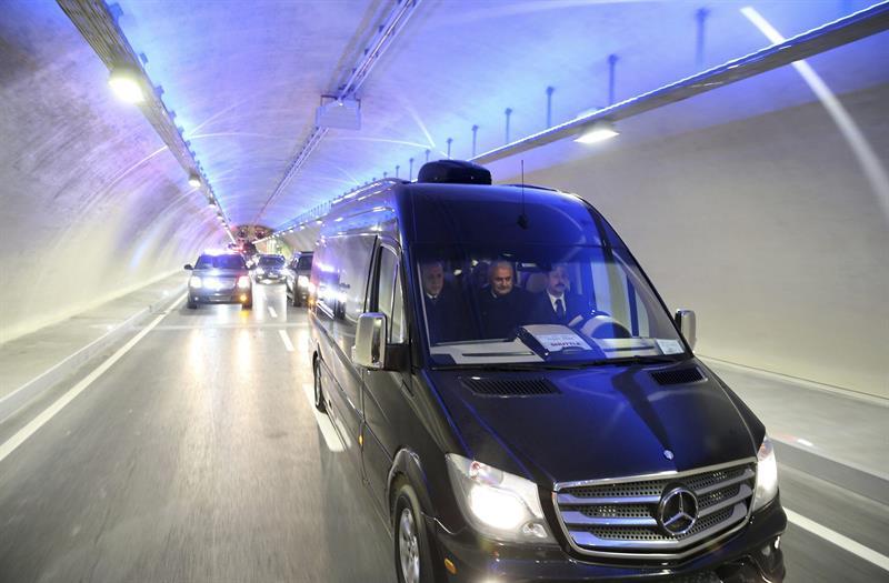 Turquía inauguró el túnel submarino más profundo del mundo.