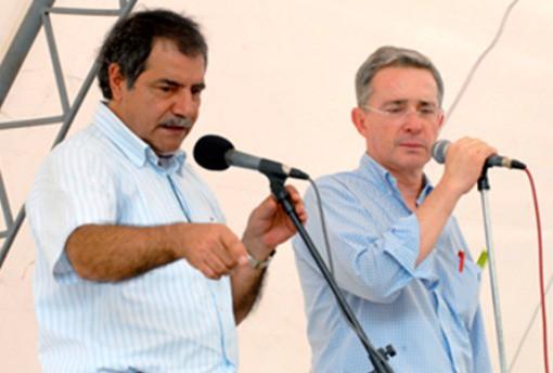 Álvaro Uribe y Uriel Gallego