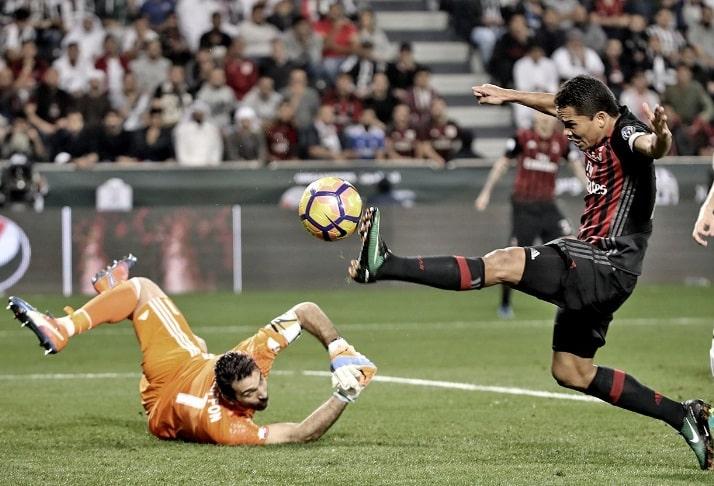 Gianluigi Buffon y Carlos Bacca