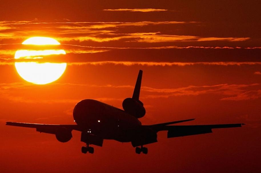 Investigan a tres aerolíneas en Colombia