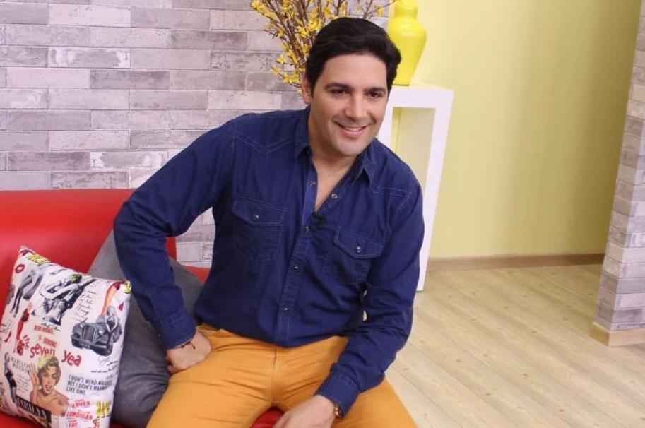 El presentador Agmeth Escaf.