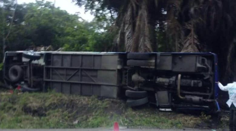 Bus accidentado Puerto Salgar, Cundinamarca