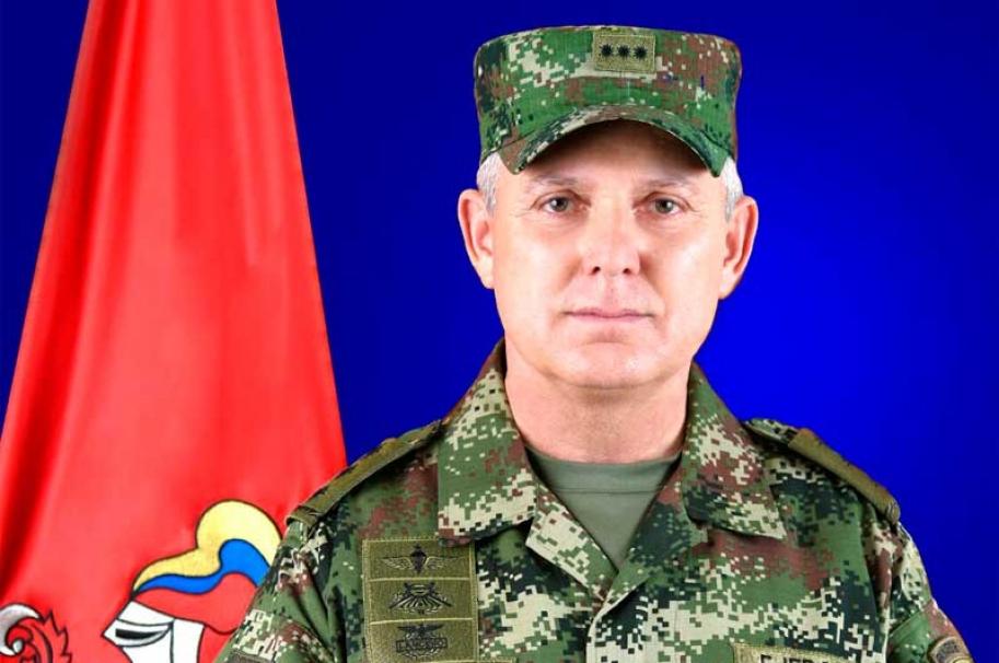 General Mejia, comandante del Ejército
