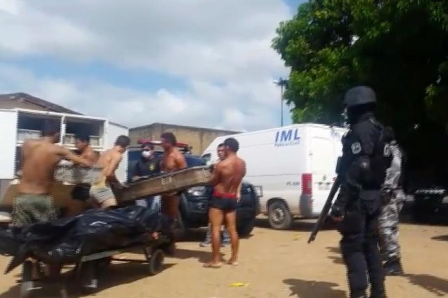 Asesinatos en cárceles de Brasil.